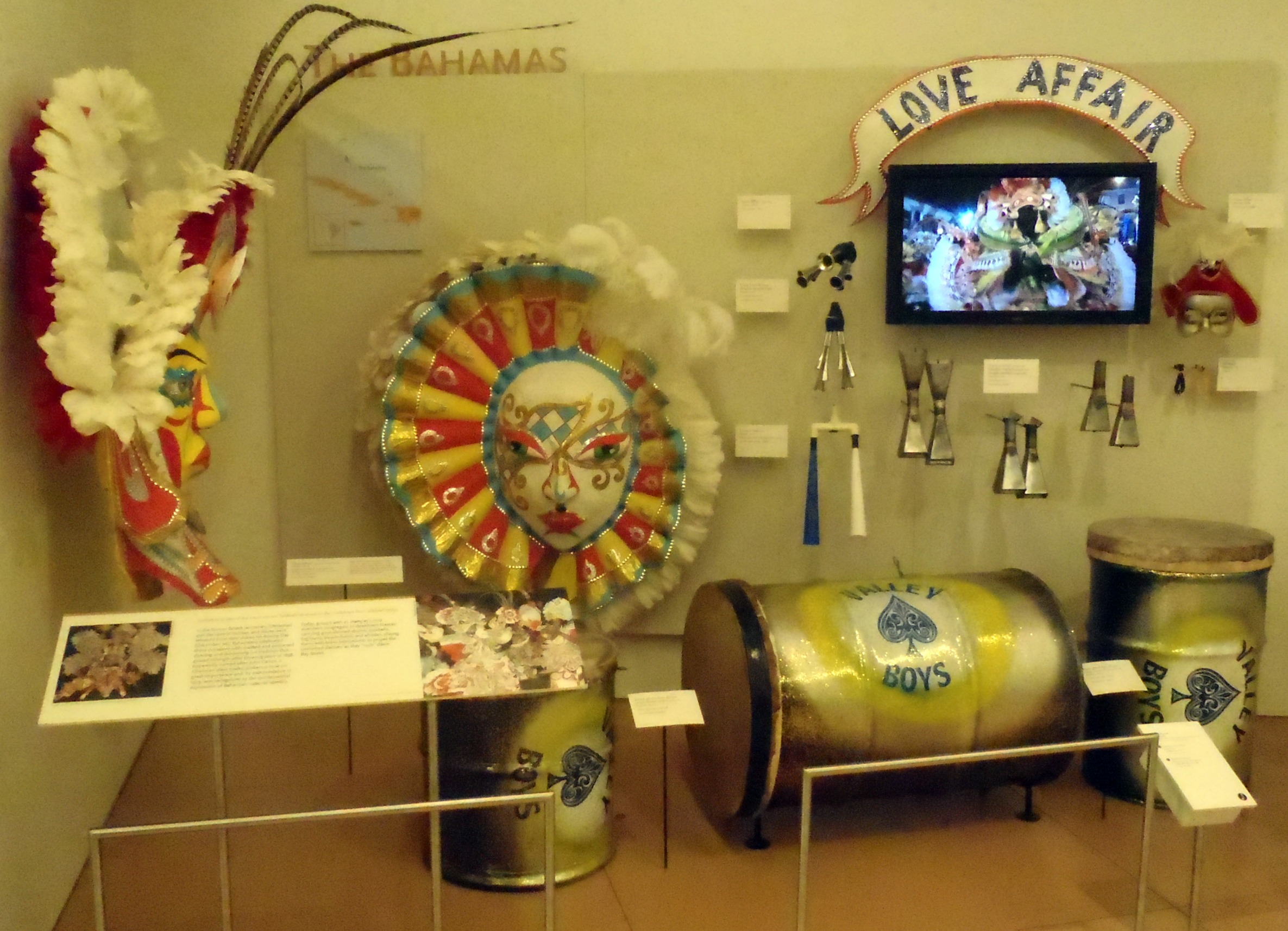 musical instrument museum scottsdale az gone to swan. Black Bedroom Furniture Sets. Home Design Ideas
