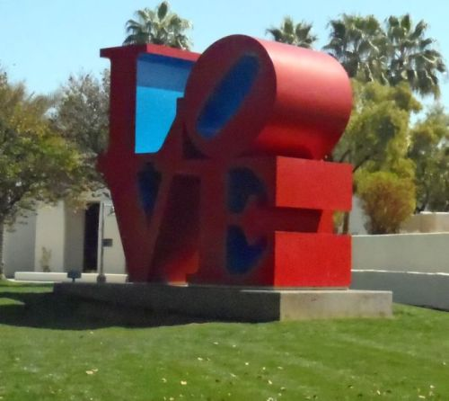 Arizona - Scottsdale: Robert Indiana's Love sculpture