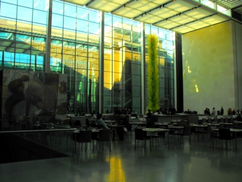 Boston - MFA cafeteria