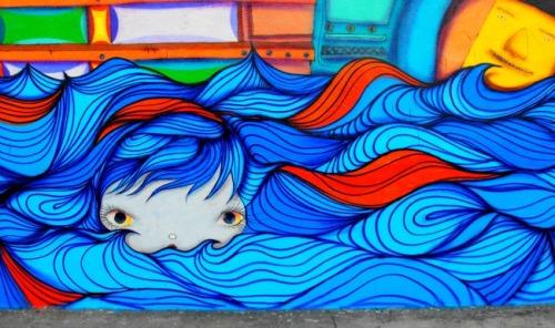 Florida - Miami Wynwood Arts District face among waves