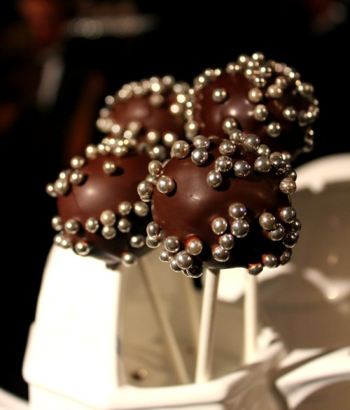 Niagara - Icewine Ball cake pops