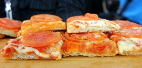 Toronto - Pearson Boccone pizza