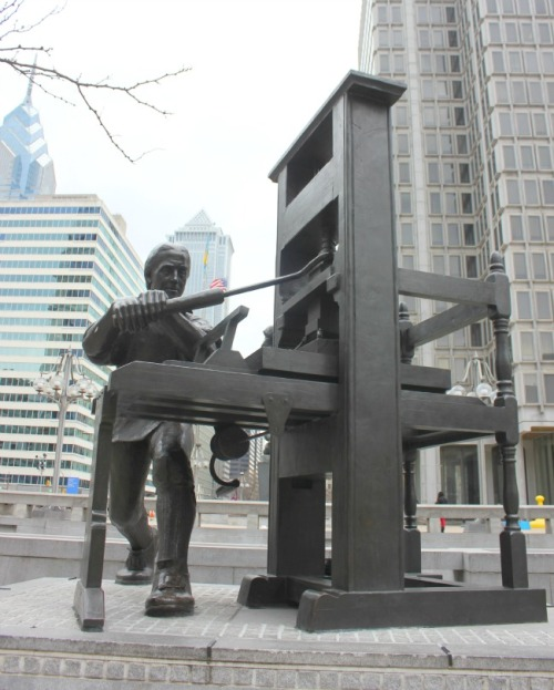 Philadelphia - Franklin sculpture