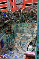 Philadelphia - Magic Gardens entrance
