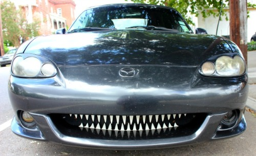 New Orleans - car with teeth