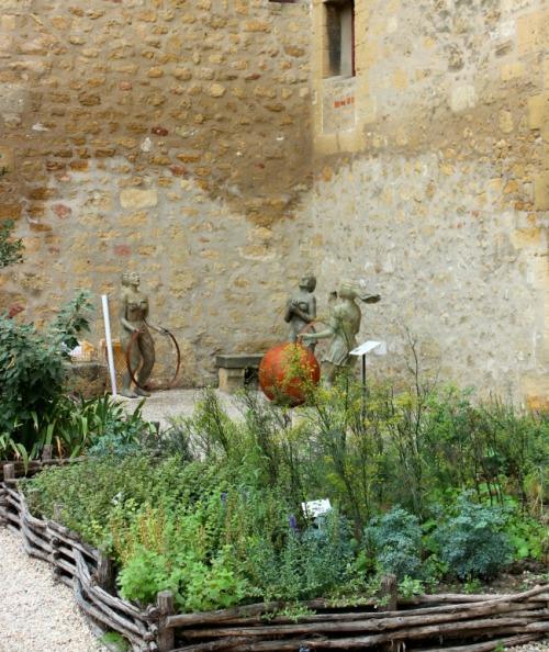 France - Chateau de l'empiri art
