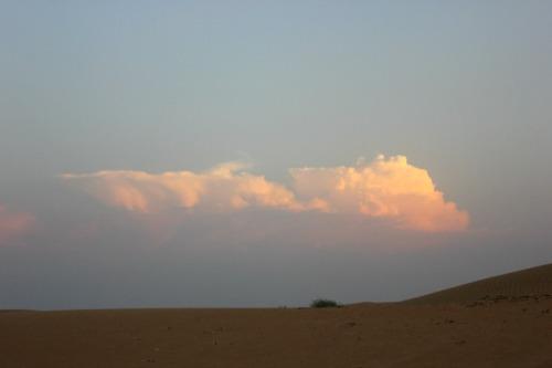 UAE - desert cloud
