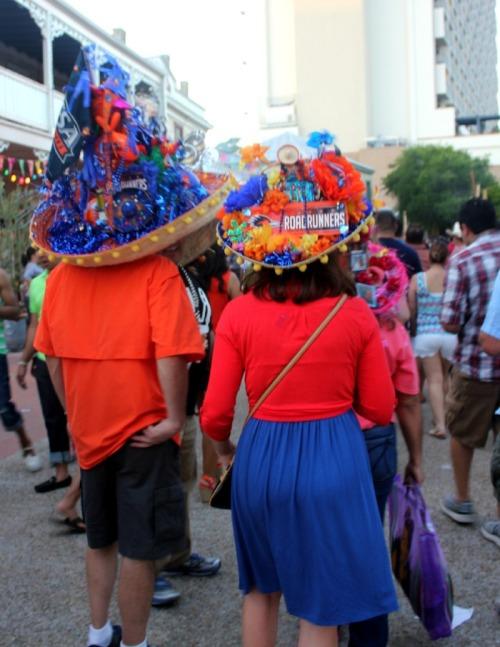 San Antonio - Fiesta roadrunners