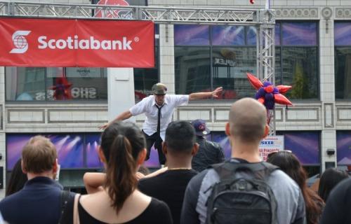 Toronto - Buskerfest performer